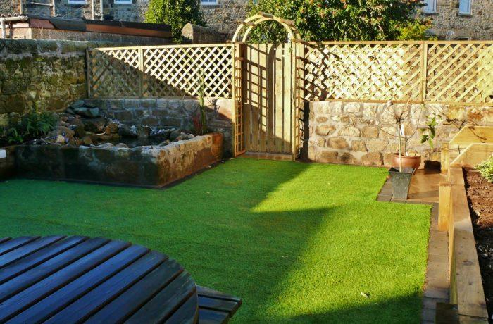 GATE, SANDSTONE WALLS & POND, ARTIFICIAL GRASS IN BURNTISLAND