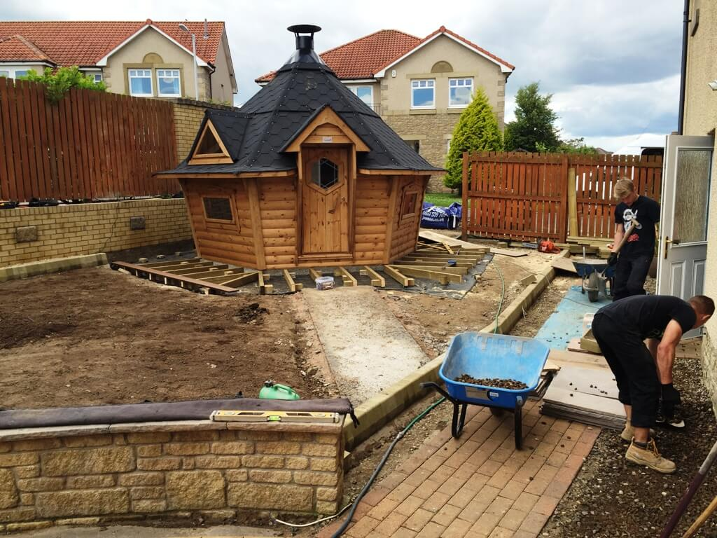 Bbq Lodge Composite Decking Amp New Lawn In Kirkcaldy