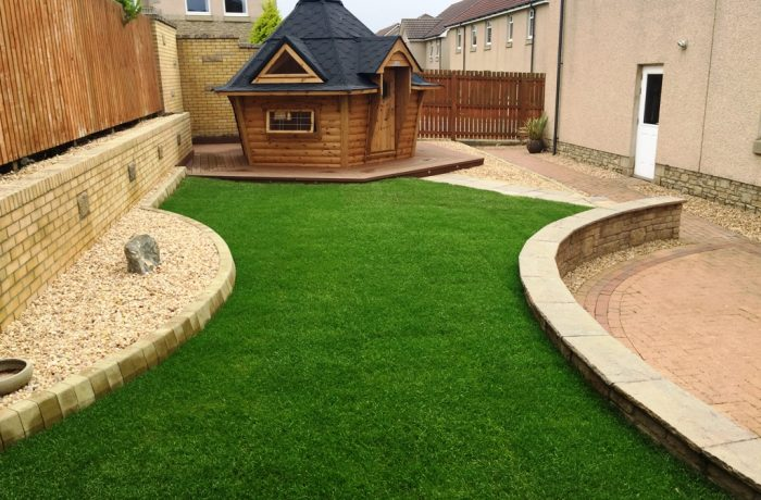 BBQ LODGE, COMPOSITE DECKING & NEW LAWN IN KIRKCALDY