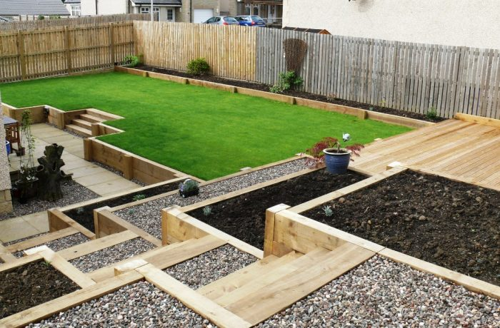 SLEEPER STEPS & RETAINERS, DECKING & LAWN IN DUNFERMLINE