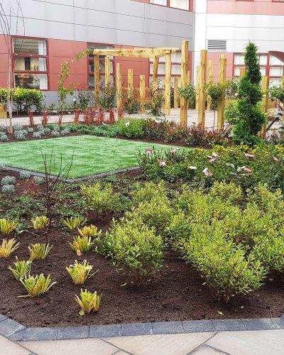 Queen Margaret Hospice Garden in Dunfermline